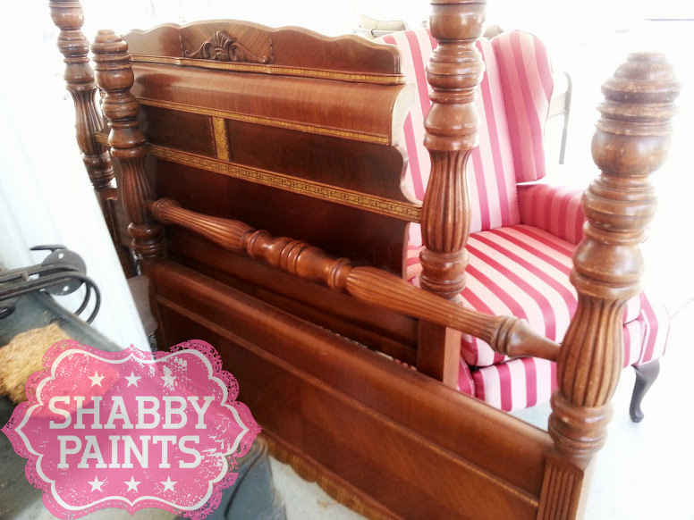 Upcycled Pet Beds Transformed With Shabby Paints Shabby