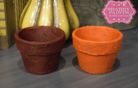 Fall inspired clay pots painted with Shabby Paints Texture then Cranberry Bliss and Volunteer. #fallfun #fallfabulous