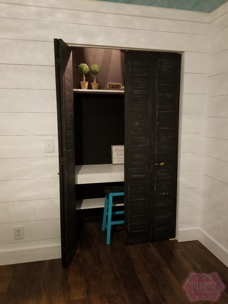 Shiplap inspired Bi-Fold Closet door makeover.